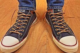 Popularne marki butów na czasie