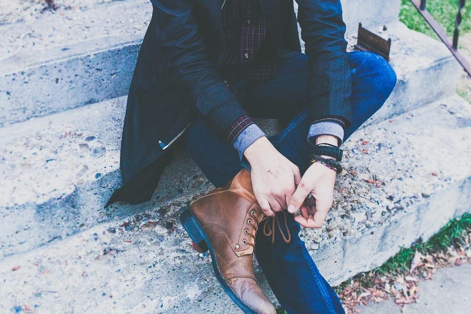 modne buty garniturowe w Polsce